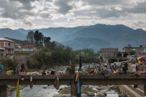 Markt in einem Bergdorf in Pakistan